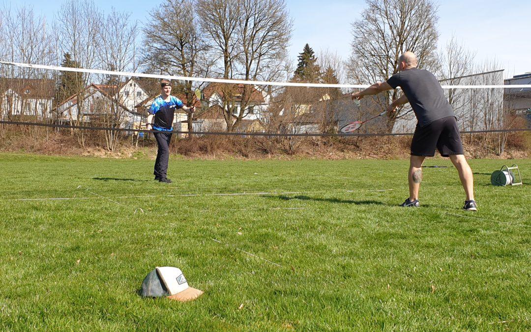 Outdoor-Badminton-Training